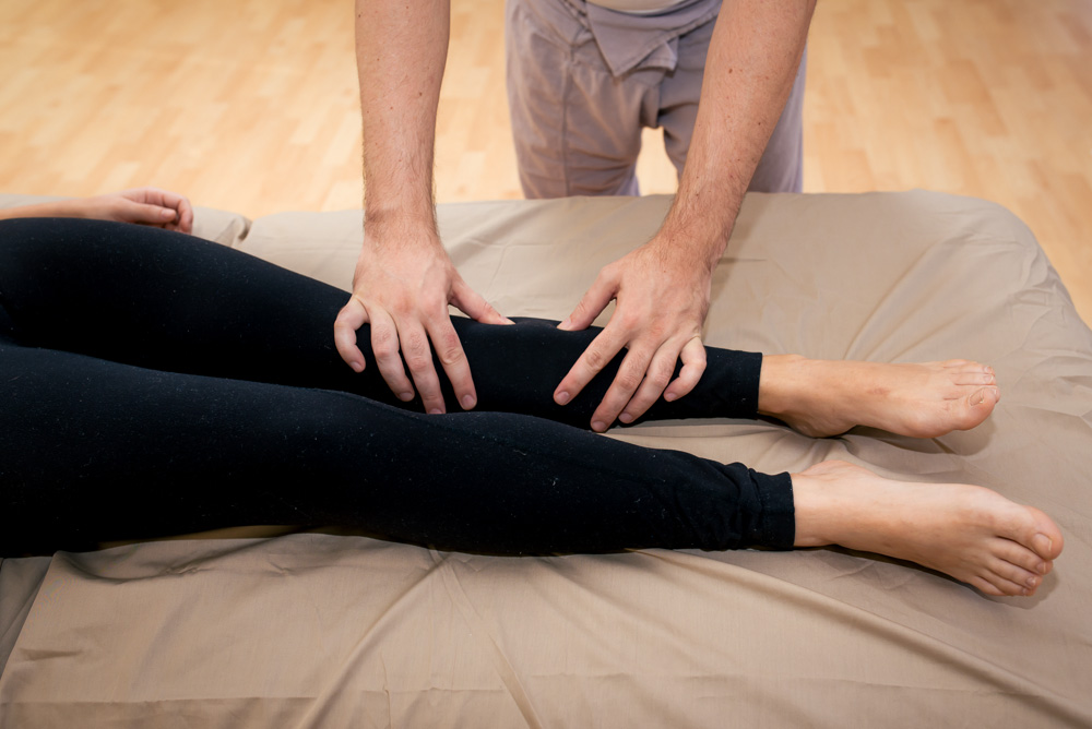 Table Thai Massage 1/7 - Robert Gardner Wellness